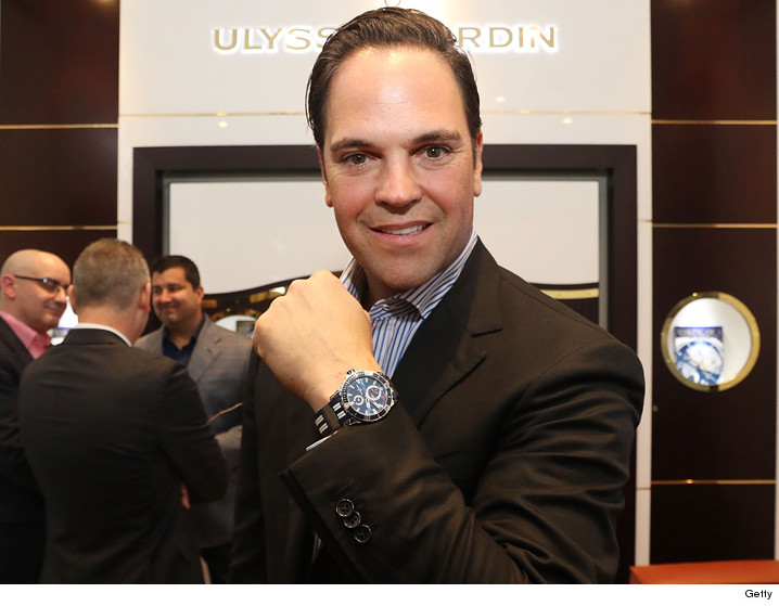 0204_Mike-Piazza-attends-Haute-Living-Celebrates_getty