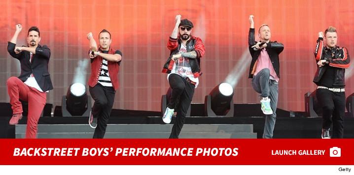 0209_backsteet_boys_performance_footer