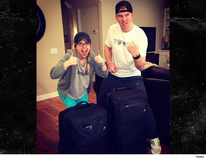0210_andy_dalton_luggage_twitter