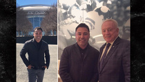 Oscar De La Hoya -- Chillin' with Jerry Jones ... Here's Why.
