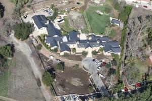 Kim & Kanye -- House Remodeling Under Construction