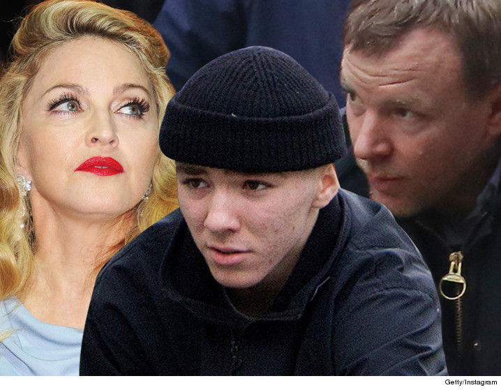 0301_madonna_rocco_guy_ritchie_getty_instagram