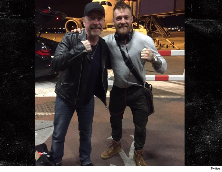 0302_Conor-McGregor_the_edge_twitter