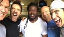 Eddie Lacy -- P90X Does a Body Good ... Check Out My Slimmed Bod (PHOTO)