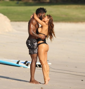 Jason Derulo and Daphne Joy -- The PDA Pics