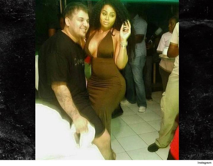 0314-rob-kardashian-blac-chyna-jamaica-dance-INSTAGRAM-01