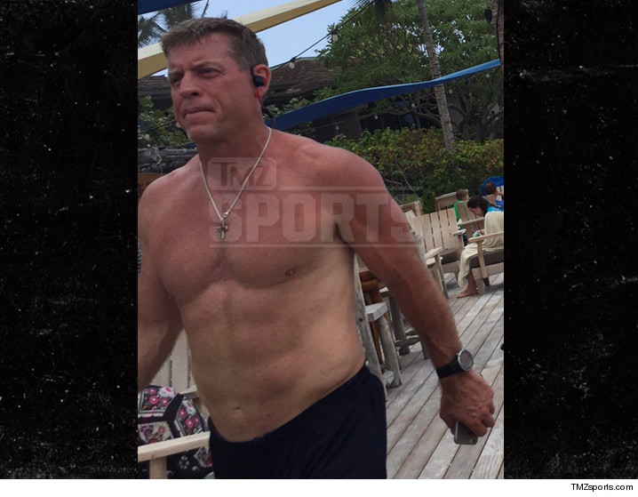 0324-troy-aikman-buff-TMZ-SPORTS-02