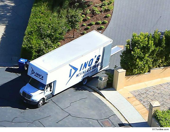 0329-kim-kanye-moving-truck-x17-01