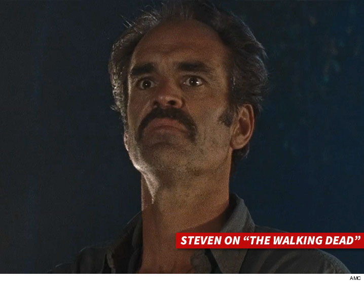 0405-steven-ogg-The-Walking-Dead-AMC-01