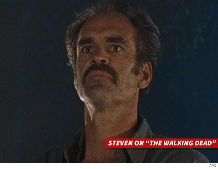 0405-steven-ogg-The-Walking-Dead-AMC-01