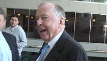Jerry Jones Tells Billionaire Pal ... I'M NOT SIGNING MANZIEL (VIDEO)