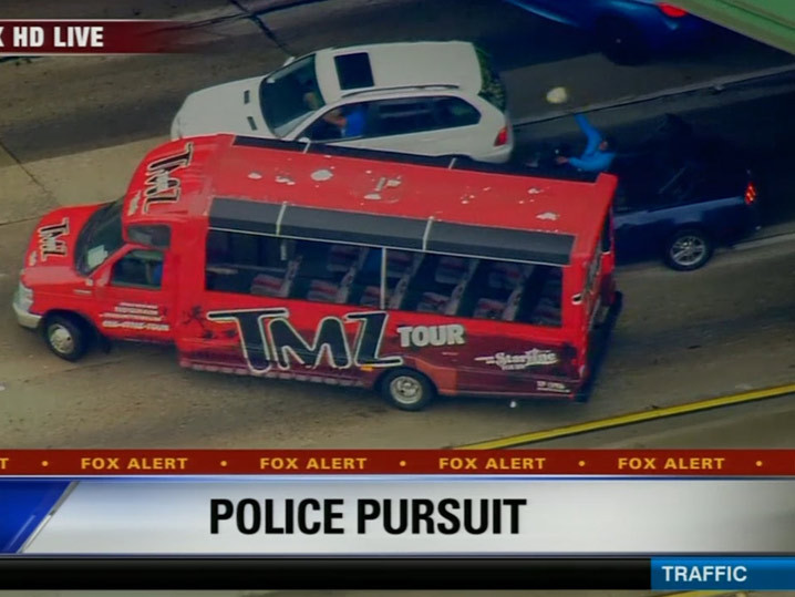 L a car chase suspects blocked by tmz tour bus for Tmz tours in los angeles
