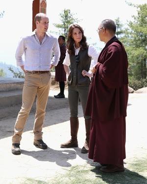 Kate Middleton & Prince William -- Take A Hike!