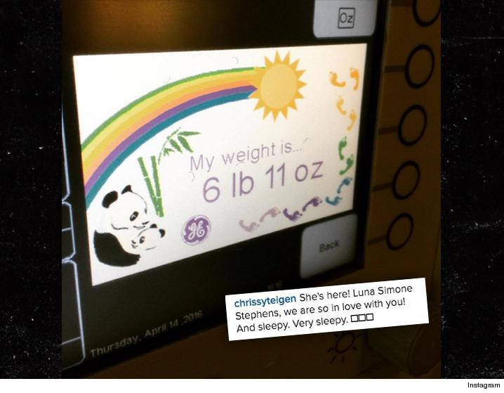 041716-chrissey-teigen-instagram