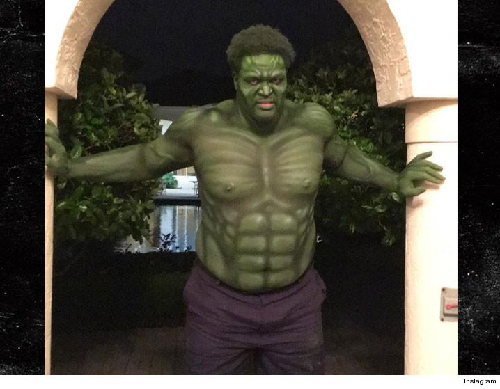 0418_Bryant-McKinnie-Incredible-Hulk_instagram_2