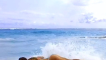 Supermodel Nina Agdal -- Workout On the Beach ... In a Bikini (VIDEO)