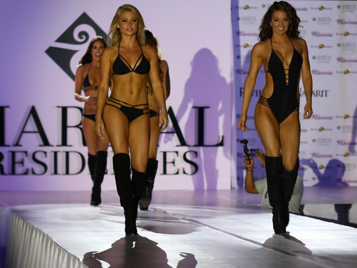 Bikini fashion show pictures