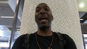 NBA's John Salley -- Usher Botched Penis Pic ... Take My Advice