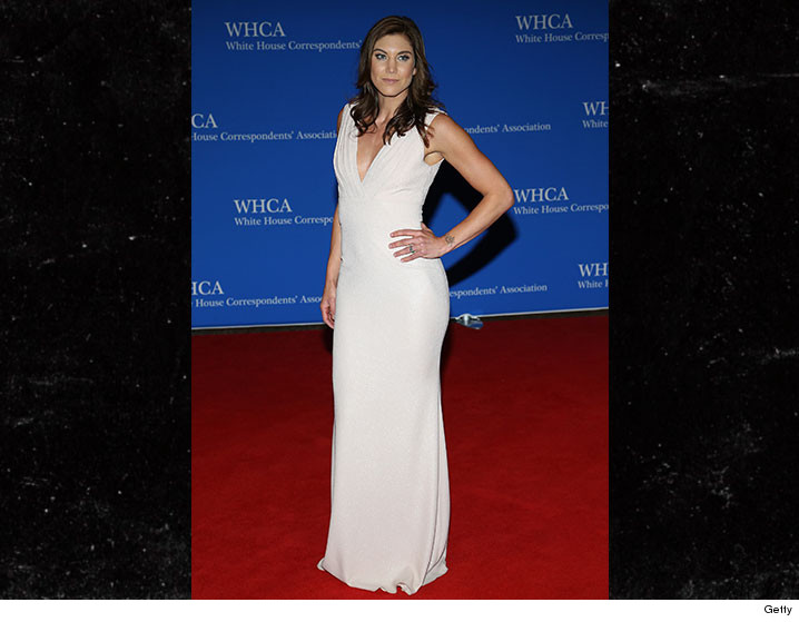 0501-hope-solo-white-house-correspondence-dinner-GETTY-01
