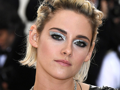 Awkward Much? Kristen Stewart, R-Patz AND Liberty Ross ALL Attend Met Gala!