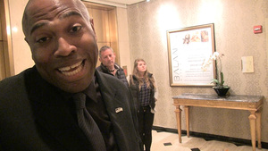 Shaun Alexander -- The Secret to NFL Domination ... Marriage!!!