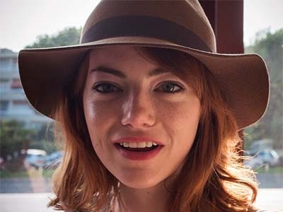 Emma Stone Pulls Off MOST UNFLATTERING Makeover EVER: This Was NOT a Good Idea