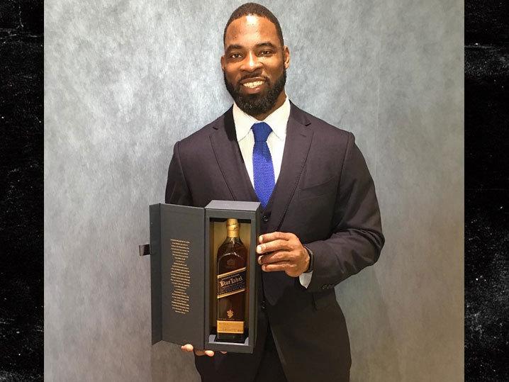 NFL's Justin Tuck -- Gifts 70 Bottles of Johnnie Walker Blue ... After Retirement