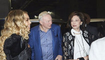 Jerry Jones -- Hits Beyonce Concert ... Hangs with DJ Khaled (VIDEO)