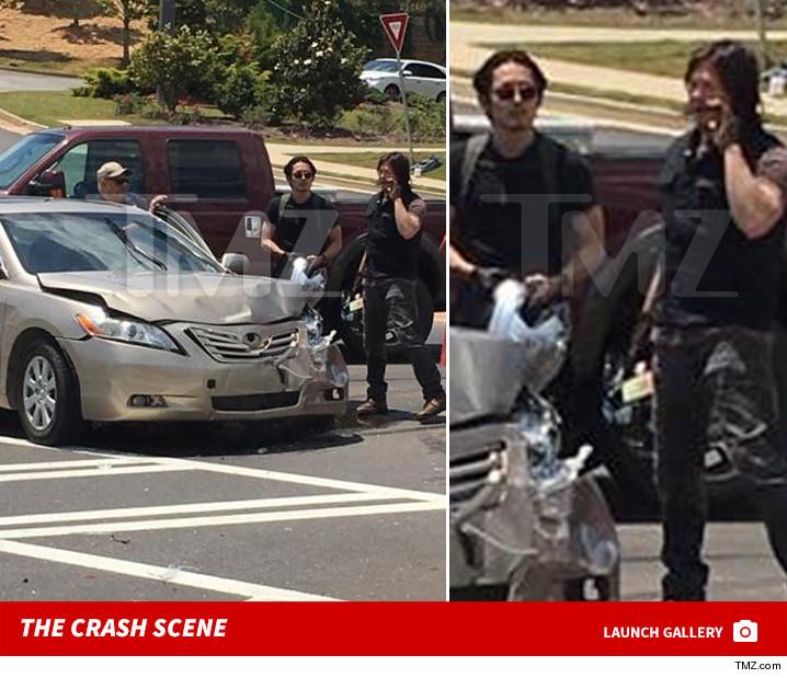 0512_walking_dead_car_crash_scene_launch
