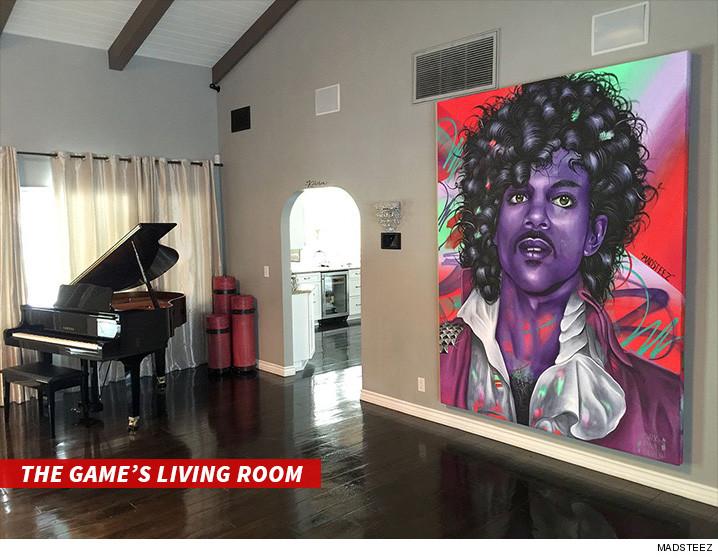 0516-game-price-artwork-livingroom