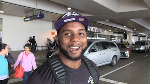 Ravens Rookie -- All-Pro Autograph Hound ... I Want One From Every Teammate!!!