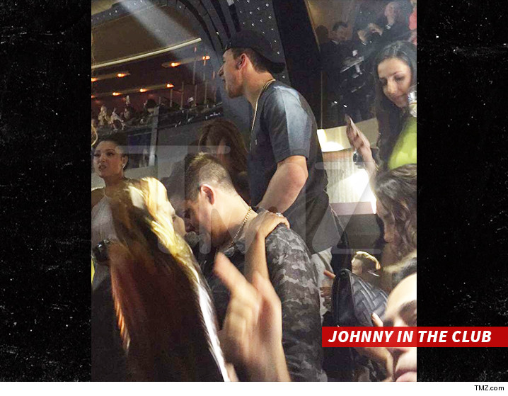 0521-johnny-manziel-club-tmz-01