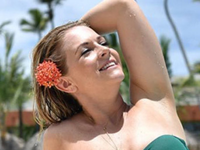 Melissa Joan Hart Flaunts 40 POUND Weight Loss In a Bikini -- WOW, Wait'll You See This Full Photo!