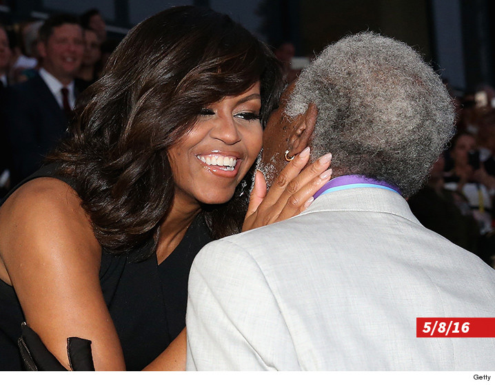 0524-michelle-obama-morgan-freeman-getty-01