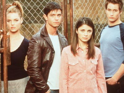 """WOW! Former """"Roswell"""" Star Shiri Appleby Just Got a HOT Makeover -- Wait'll You See Her Now!"""