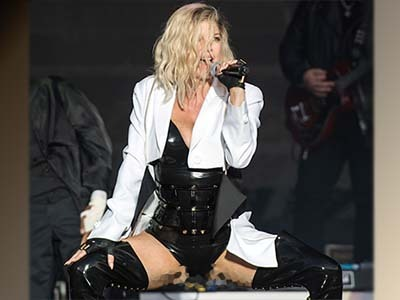 Fergie's ... SOMETHING Fell Out on Stage in Hilarious Wardrobe Malfunction: OMG WHY