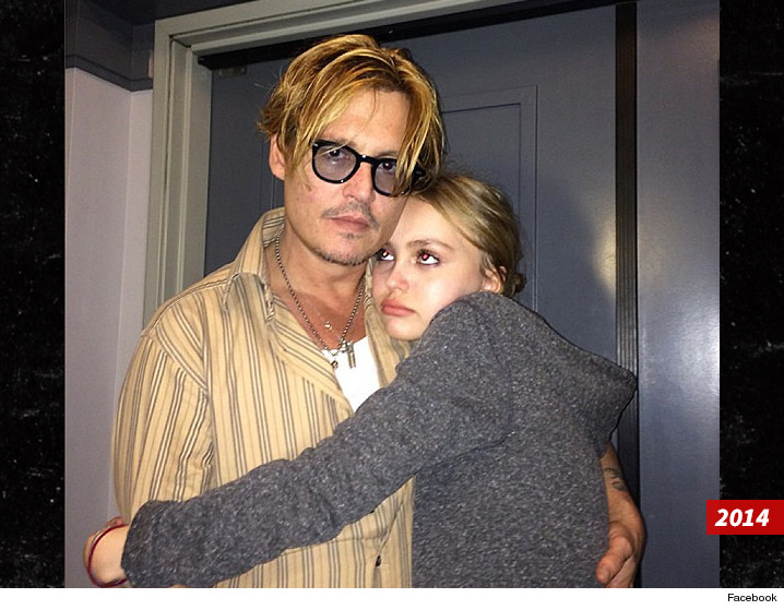 0529-johnny-depp-lily-rose-depp-FACEBOOK-01
