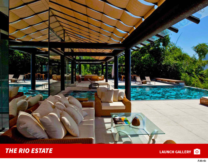 0602_zendaya_rio_house_rental_airbnb_launch