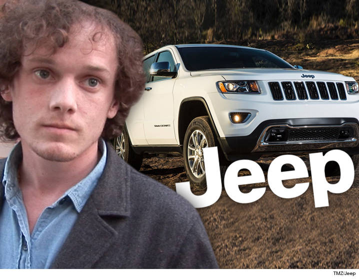 0621-anton-yelchin-tmz-jeep-02