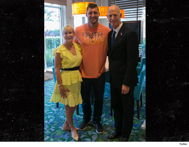 0621-tim-tebow-rick-scott-orlando-shooting-TWITTER-01