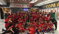 Team Chile -- LOCKER ROOM TURN UP ... After Copa America Victory! (Pics)