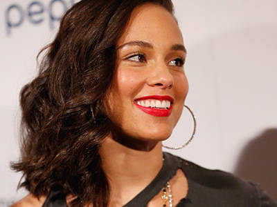 WHOA! Alicia Keys Attended BET Awards with NO MAKEUP On -- See Brave & Beautiful Photo!