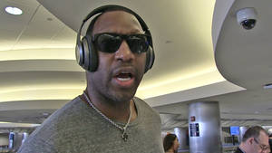Tracy McGrady -- Olympics Are Way Too Dangerous ... No Way I'd Play!!