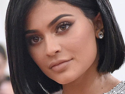 Kylie Jenner Goes Makeup-Free -- And Looks COMPLETELY Different!