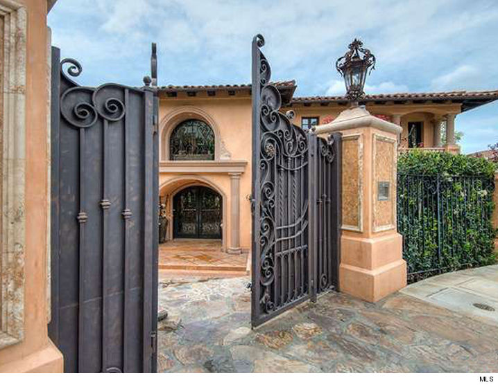 Tyga -- Howdy Kim and Kanye ... I'm Your New Bel-Air Neighbor!!! (PHOTO)
