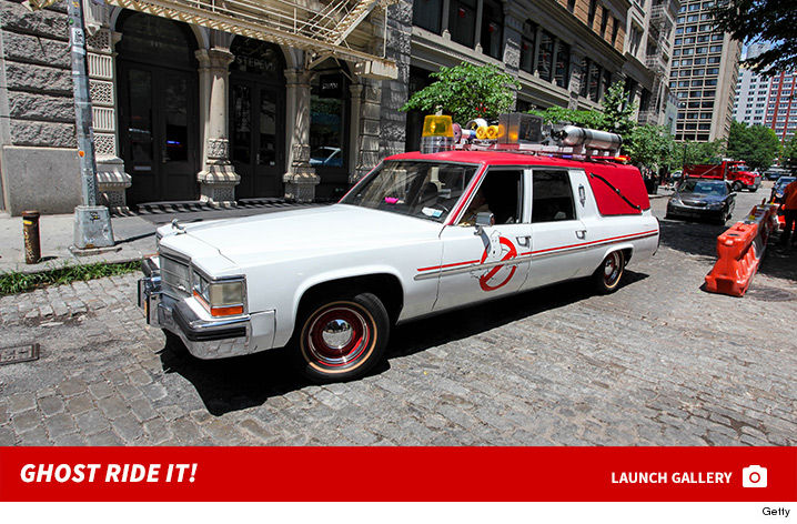 0701_ghostbusters_car_lyft_footer