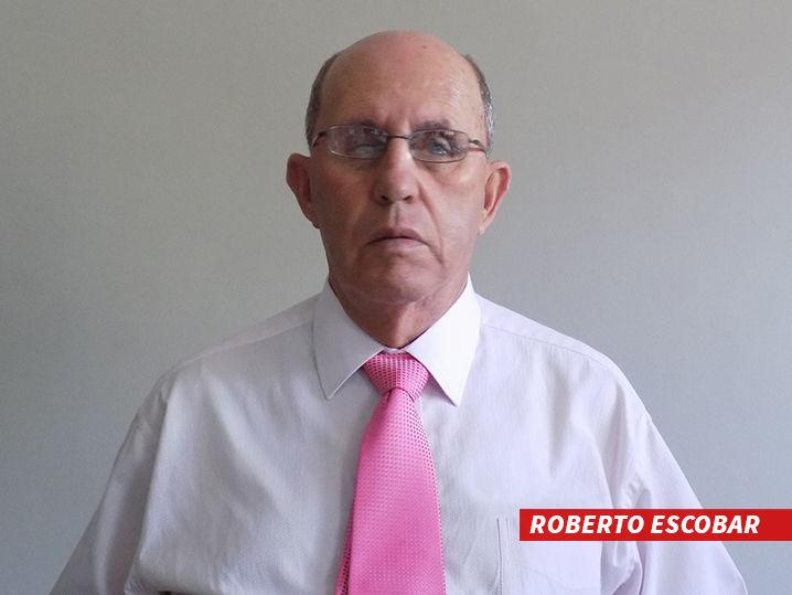 0706-roberto-escobar-01