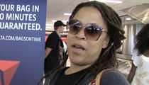 Shaunie O'Neal -- Wanna Get Something From Shaq? ... This Is How You Do It (VIDEO)