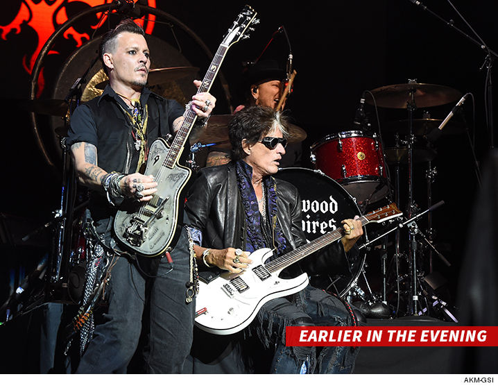 071016-joe-perry-johnny-depp-akm