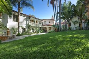 Tyra Banks' Beverly Hills Estate -- Sold!